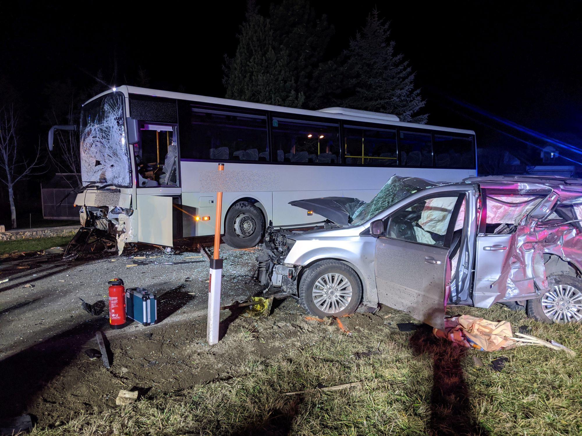 Verkehrsunfall Aufräumarbeiten